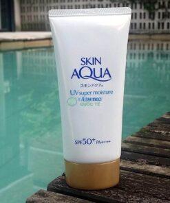 Kem chống nắng Rohto Skin Aqua UV Super Moisture Essense Nội địa Nhật Bản